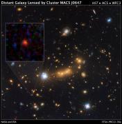 MACS0647-JD - גלקסיה הנחשבת לעתיקה ביותר שנצפתה עד כה (נובמבר 2012). צילום: טלסקופ החלל האבל