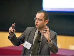 """""""לחשוב על דרכים למנוע שימוש לרעה במאגרי מידע"""". ד""""ר יניב ארליך. צילום: MIT"""