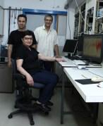 """מימין: פרופ' אהוד אחישר, ד""""ר קנאריק בגדאסאריאן ודודי דויטש. תפיסה"""