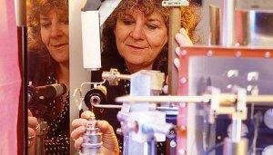 פרופ' עדה יונת, זוכת פרס נובל על פענוח המבנה המרחבי של הריבוזום. צילום: מיקי קורן, מכון וייצמן למדע, ויקיפדיה