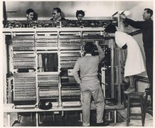 המחשב הראשון בישראל – WEIZAC. צילום: מכון ויצמן
