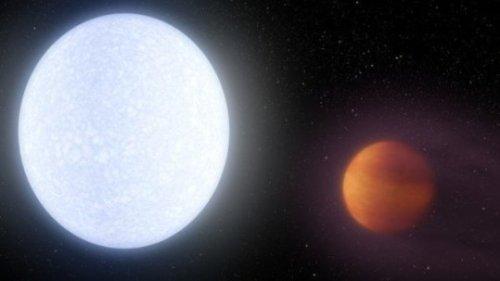 """אסטרונומים באוניברסיטת אוהיו ואוניברסיטת ונדרבילט גילו כוכב לכת כה חם עד שהטמפרטורה שלו מתחרה ברוב הכוכבים. איור: רוברט הרט, נאס""""א / JPL-Caltech"""