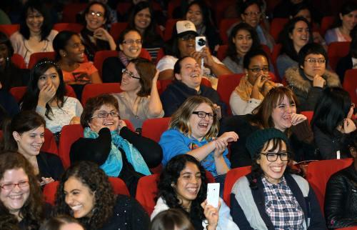 למה אנחנו בדרך כלל צוחקים יחד? לצחוק יש תפקיד חברתי. צילום: Republic of Korea.