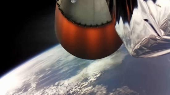 מנוע הרותרפורד של השלב העליון של אלקטרון בפעולה. מקור: Rocket Lab.