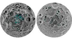 """התמונה מראה את ההתפלגות של קרח על פני השטח באיזור הקוטב הדרומי של הירח (משמאל) והקוטב הצפוני (מימין), כפי שנצפו על ידי ממפה הירח של נאס""""א. הצבע כחול מייצג את מיקומי מרבצי הקרח, הצבע האפור מסמן את טמפרטורת פני השטח (כהה המייצג אזורים קרים וגוונים בהירים המציין אזורים חמים).הקרח מרוכז במקומות החשוכים והקרים ביותר, על קרקעות המכתשים. זו הפעם הראשונה שהמדענים זיהו באופן ישיר עדות מוחלטת לקרח מים על פני הירח. צילום: נאס""""א"""