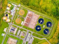 מפעל לטיהור שפכים בצ'כיה. צילום: shutterstock
