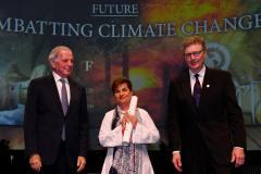 כריסטינה פיגרס מקבלת את פרס דן דוד לממד העתיד לשנת 2019. צילום: ישראל הדרי