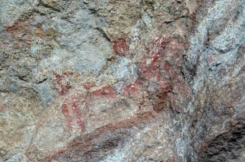 ציורי מערות פרהסטוריים בשמורת Nacional Lago Jeinimeni, דרום צ'ילה. צילום: shutterstock