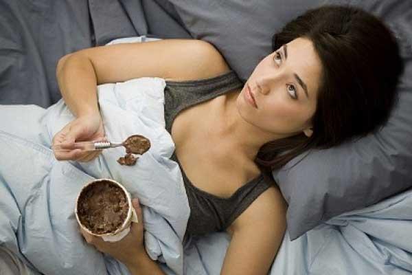 Aşırı Yemek Yiyorsanız Duygularınızı Gözden Geçirin
