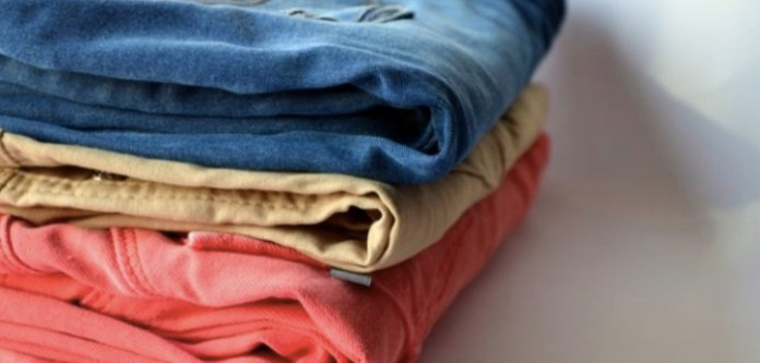 Çamaşırları Ters Çevirerek Yıkamak Doğru Mu?