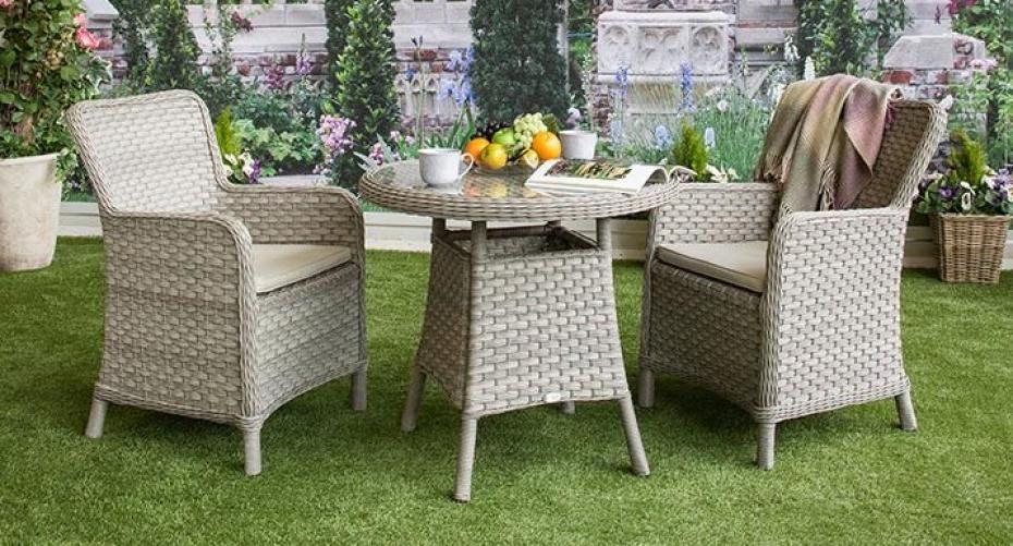 synthetic rattan on garden furniture