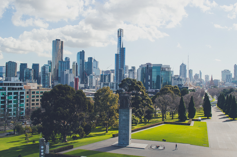 Free Views of the Melbourne Skyline from Shrine of Remembrance