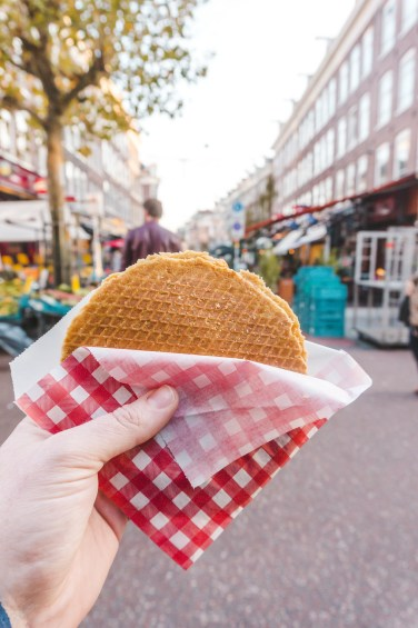 Places to Eat in Amsterdam: Stroopwafel from Albert Cuyp Markt