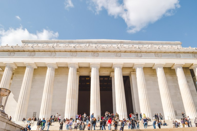 Best places to travel alone in the US: Washington DC. Add it to your North America itinerary.