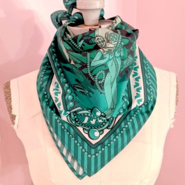 Scarf: Pearl Divers Green