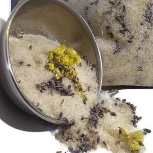 Carolyn's Bathaholic Salt Soak