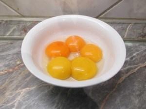Tojások sárgái