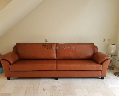 grote zitbank op maat kleur cognac