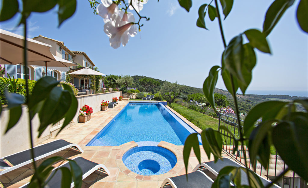 Bruno Malegue Pool view at Ramatuelle luxury villa