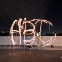 #DetrásDeEscenas: Bengalas + Fotos = Lightpainting