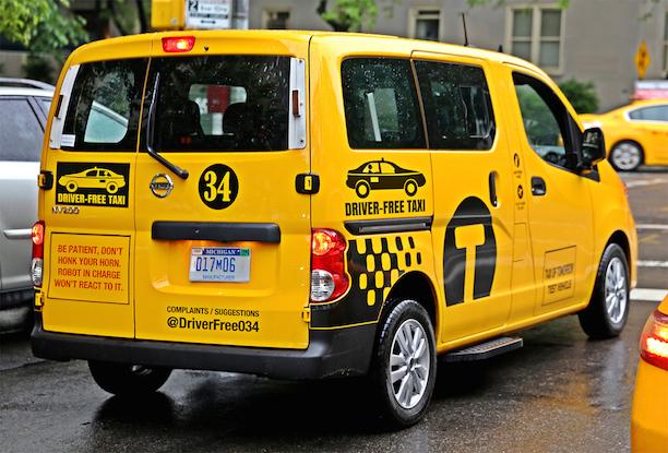 driver_free_taxi_medium