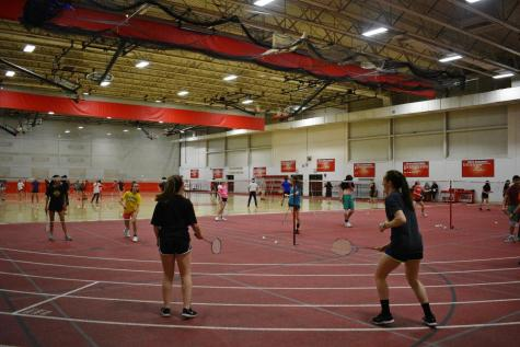 Peer Leadership hosts end-of-quarter Spikeball tournament