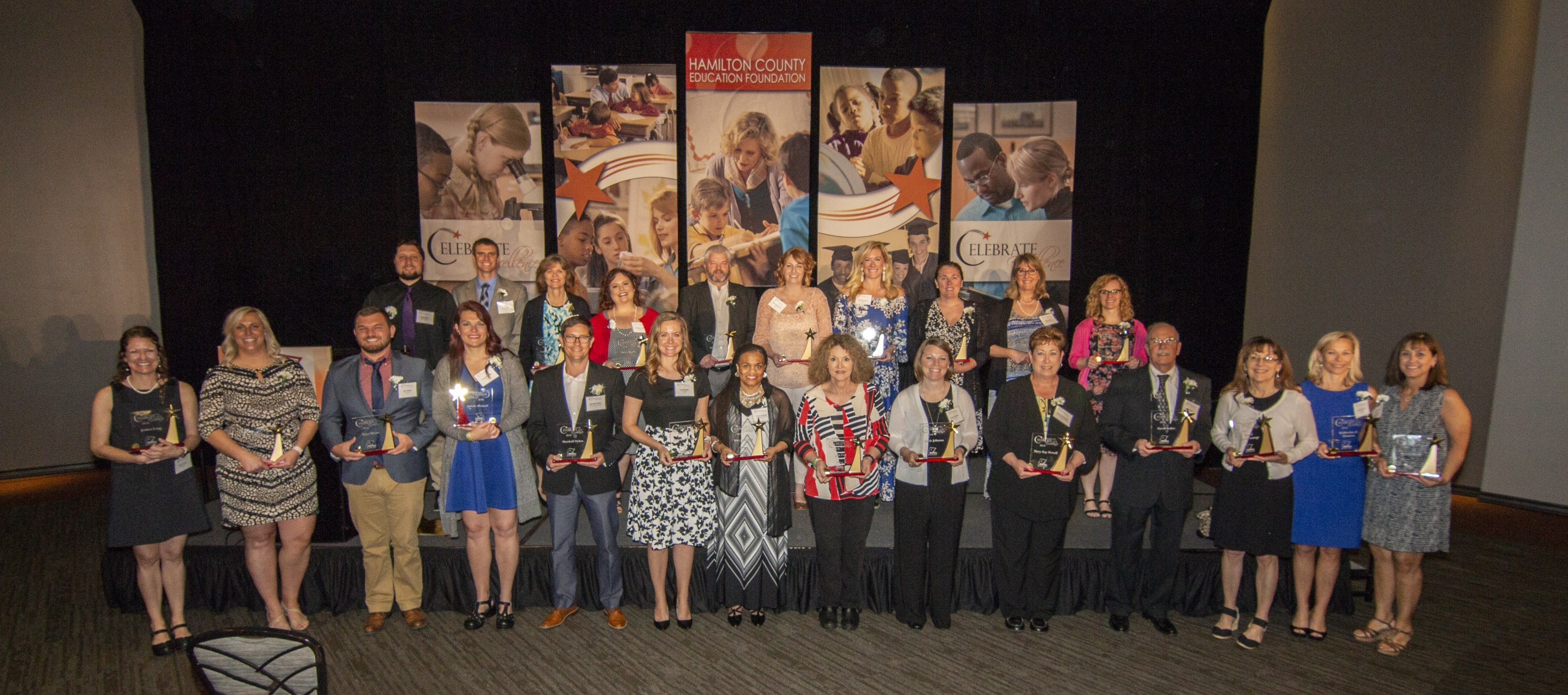 Group picture of 2018 award winners.