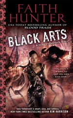 Black Arts (Jane Yellowrock, #7)