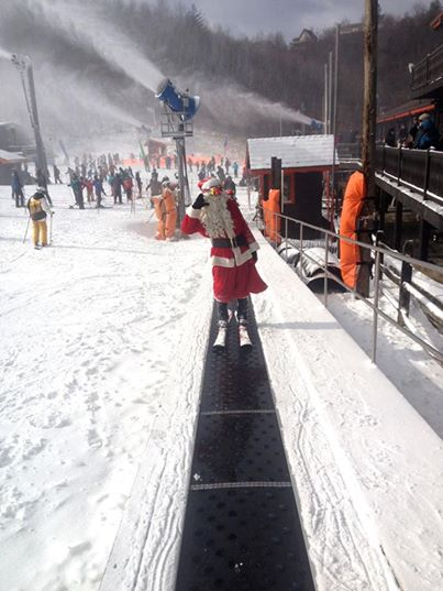 Santa was spotted at App Ski Mtn. on Christmas Eve. Photo courtesy of App Ski Mtn.