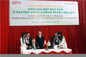 ASU/DTU Signing Ceremony