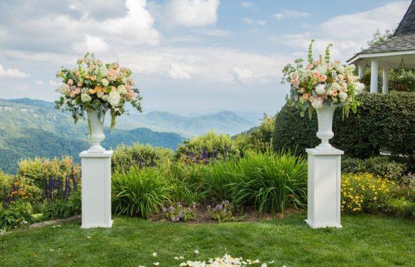 Burton Photography. Fuschia Moss Floral Design.