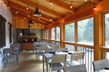 Vidalia's new outdoor seating area. Photo by Angela Gazzillo