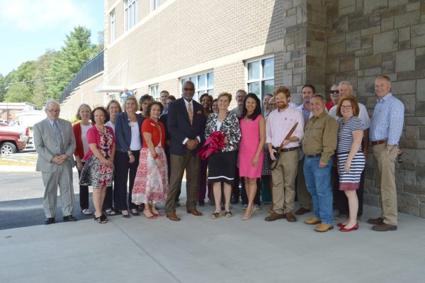 The Graystone Eye team and the chamber are joined by friends, neighbors and local leaders.