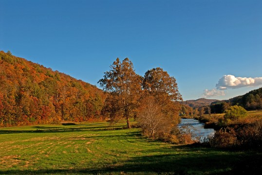 willis_fall_colors_valle_crucis_080