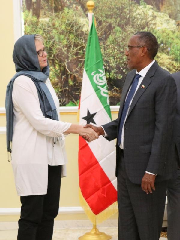 Midowga Yurub Oo Madaxweyne Biixi U Soo Jeediyey Inuu Ilaaliyo Sumcadda Somaliland