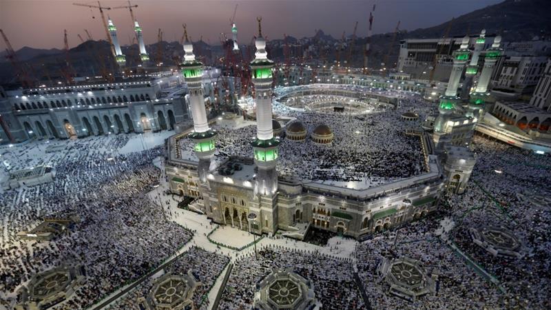 Tiro Ka Badan Laba million Oo Muslimiin Ah Oo Gudashada Xajku U Bilaabantay