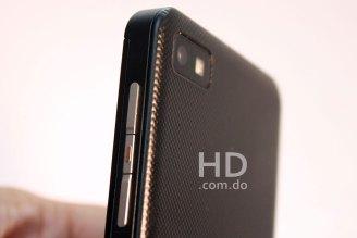 blackberry-z10-detalle-07