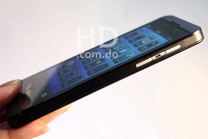 blackberry-z10-equipo-03