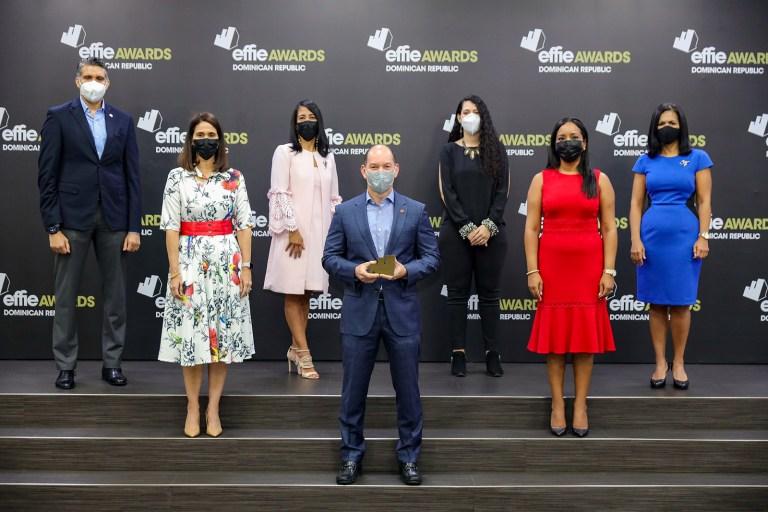 Shariff Quiñones, Mabel Aristy, Lucía Guzmán, Omar Acosta, Laura Asjana, Yaskara Sánchez y Kenia Guzmán, equipo encargado del proyecto.