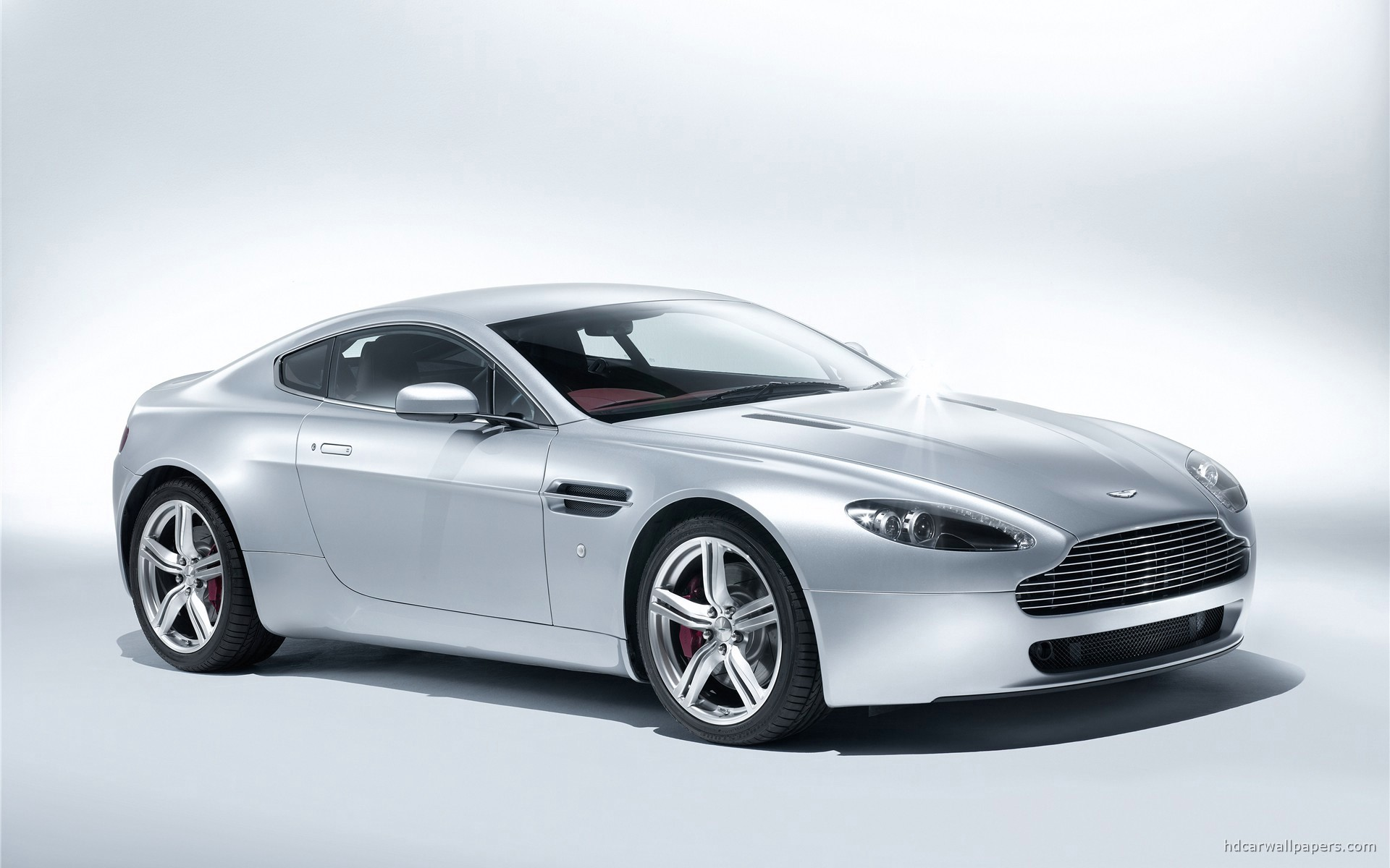 Aston Martin V8 Vantage Coupe 2009 Wallpaper HD Car