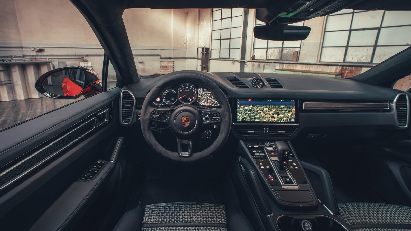 Porsche Cayenne Turbo Specs