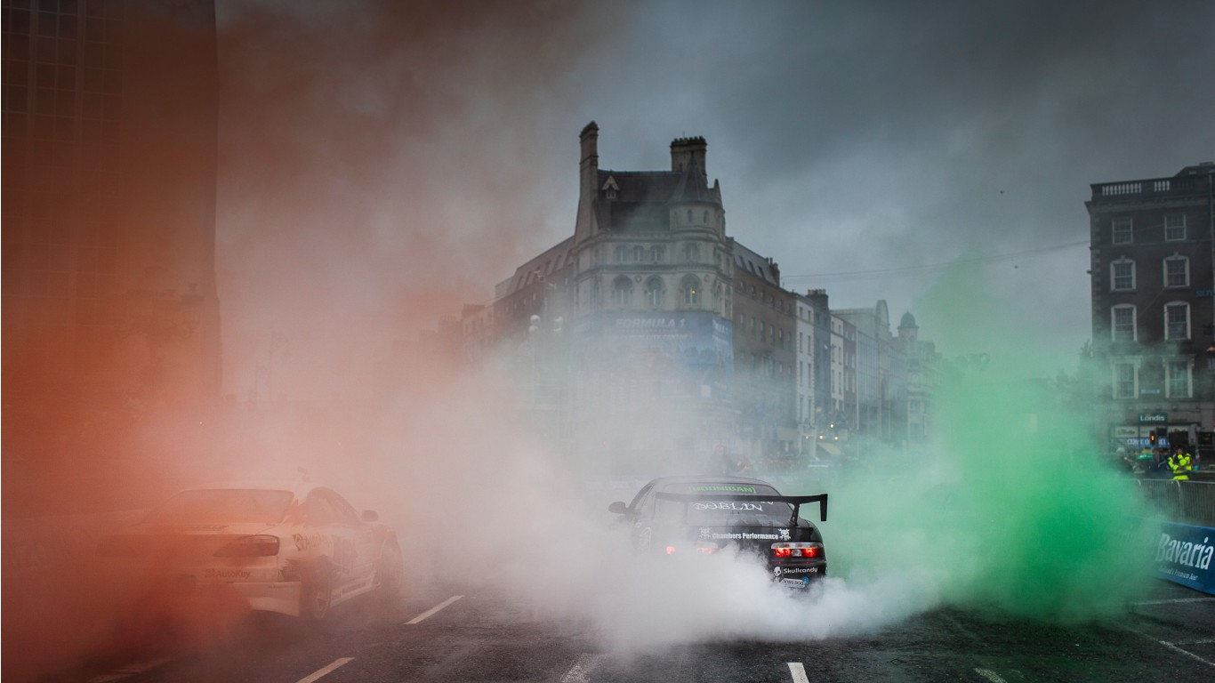 Racing Smoke 2 Wallpaper Hd Car Wallpapers Id 2766