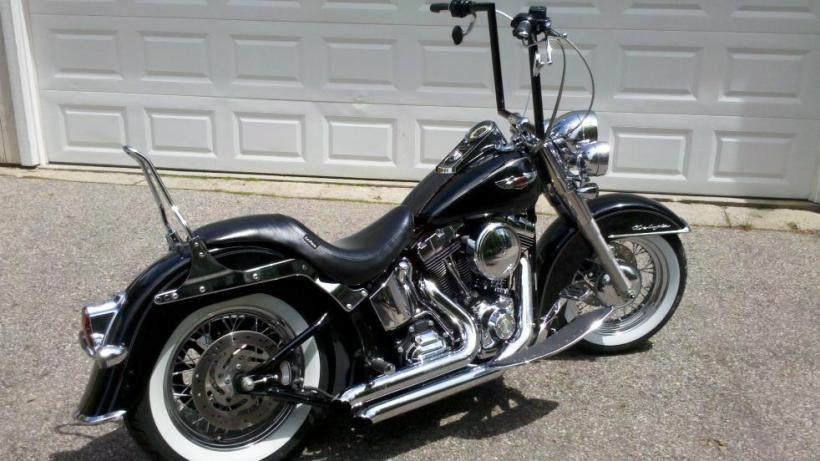 Harley Softail Deluxe Flstn Ape Hangers Bobber Hot