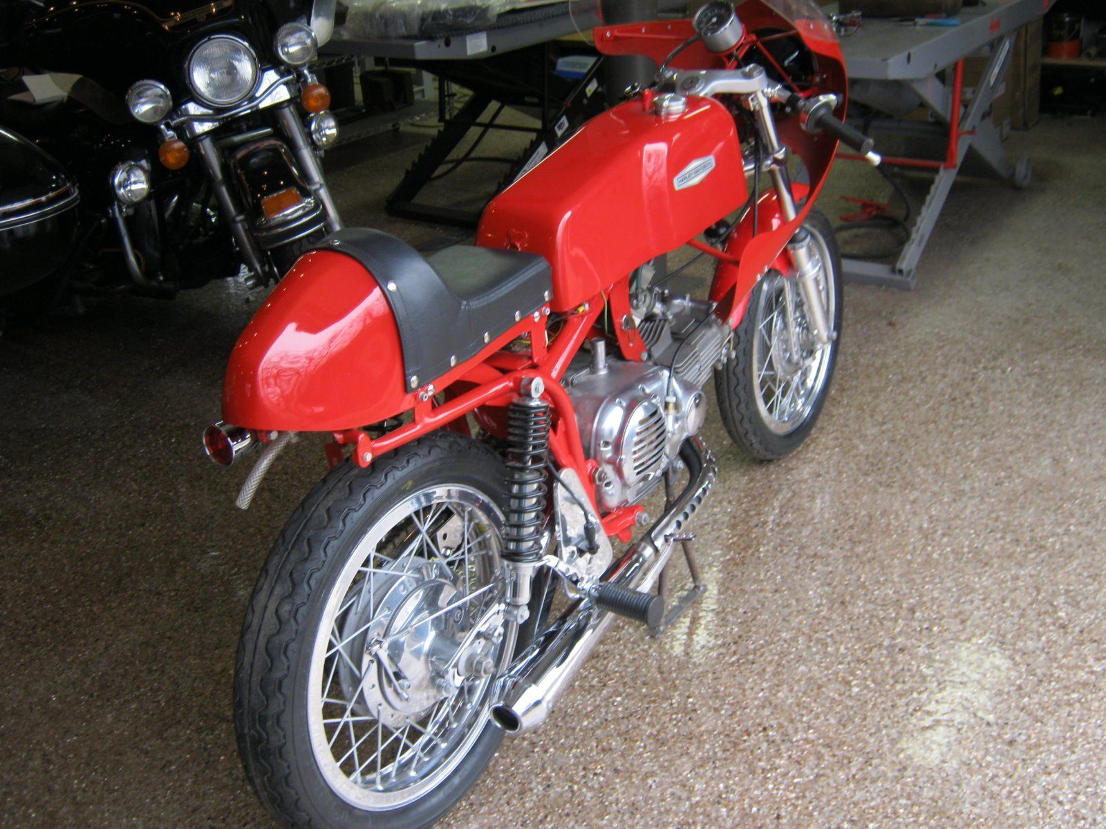 This Aermacchi Replica Is an Affordable Tribute to a Legend