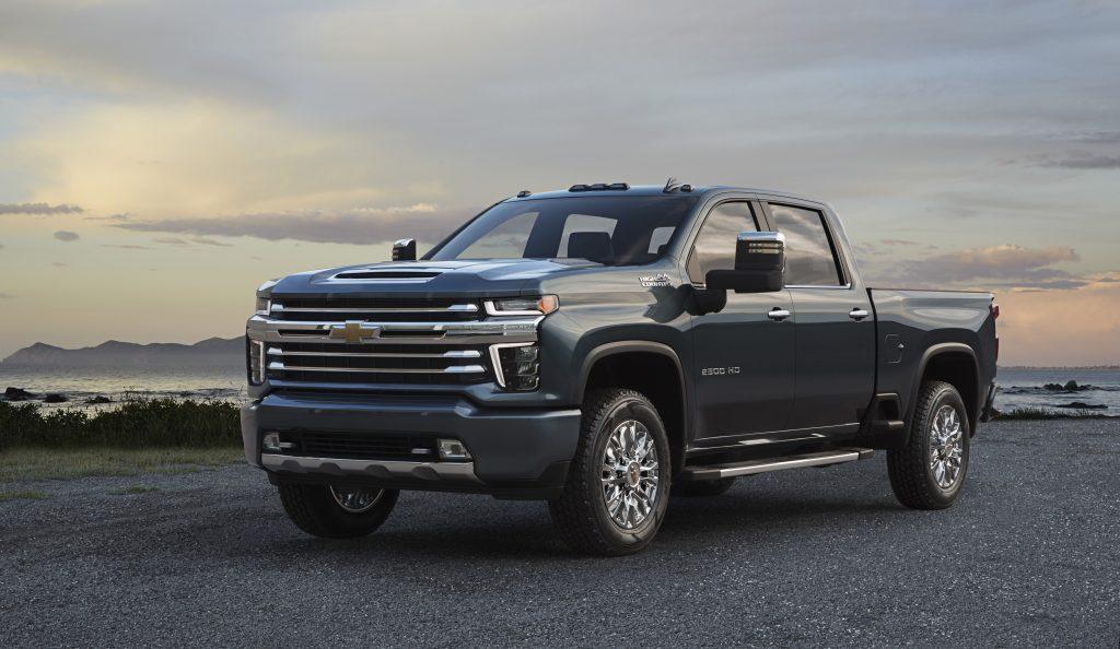 Best Small Trucks 2020.2019 Ram 2500 Limited Vs 2020 Chevrolet Silverado 2500hd