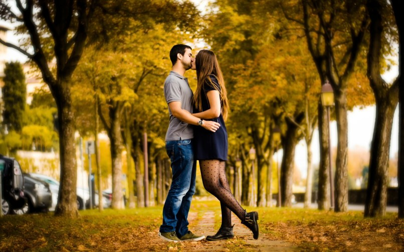 Full Hd Love Couple Wallpapers For Android Mobile Wallpapersimages Org
