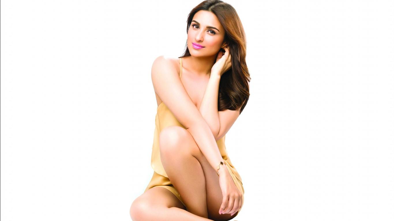 Parineeti Chopra Indian Actress Wallpapers HD Wallpapers