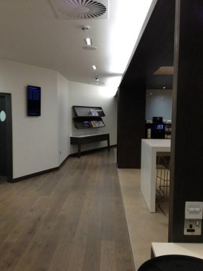BA Edinburgh lounge 8 review