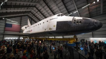 endeavour-opening-day