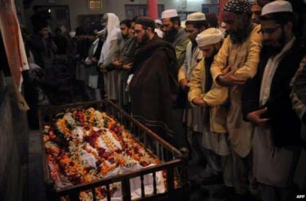 Pakistan Taliban Peshawar school attack leaves 141 dead
